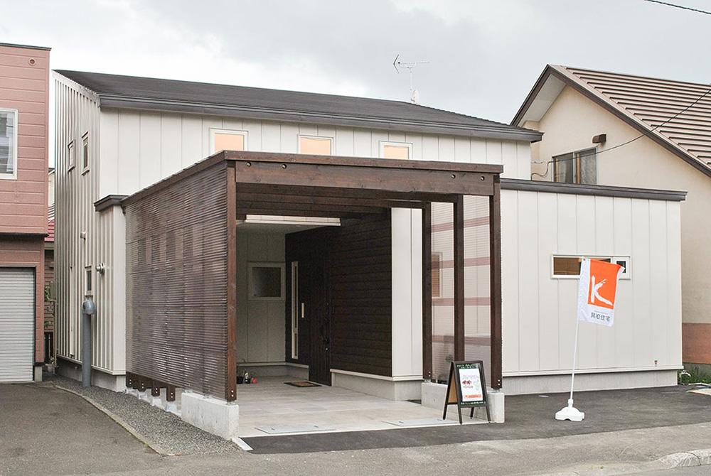住みやすくするプランの工夫と、地中熱利用や発電でエコにこだわる/I様邸(札幌市北区)