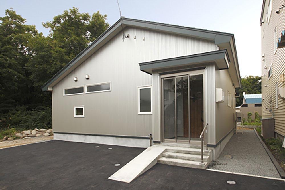収納の工夫&木の質感たっぷりの平屋住宅/M様邸(札幌市南区)