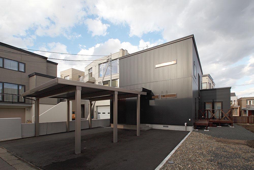 リフォームから新築に変更し希望通りのプラン実現/N様邸(札幌市中央区)